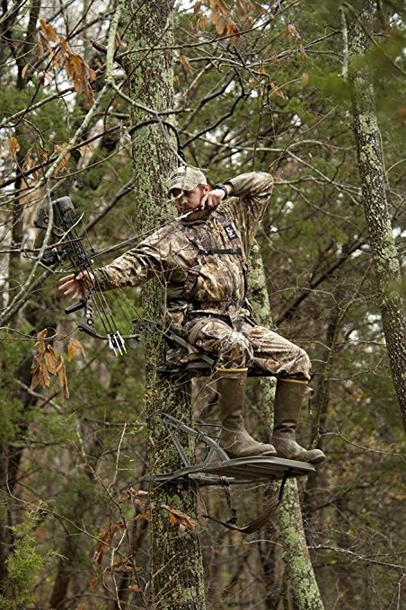 Right Climbing Tree Stand